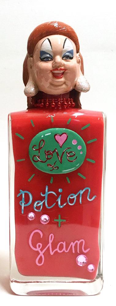 dafne-artigot-divine-love-potion-glam